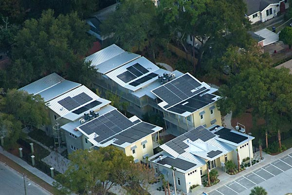 Highly reflective roof and solar panels reduce electric bills
